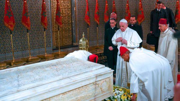 ĐGH Phanxicô viếng lăng mộ Vua Mohammed V