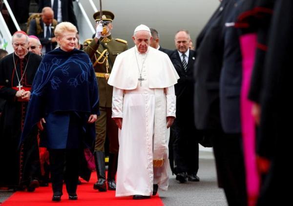 ĐGH Phanxicô bắt đầu viếng thăm Lituani