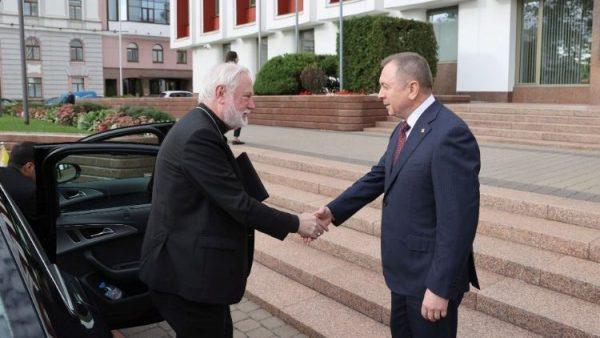 Đức TGM Ngoại trưởng Tòa Thánh thăm Belarus để bày tỏ sự gần gũi của ĐGH