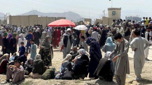 Hai linh mục dòng Tên và bốn nữ tu dòng Mẹ Têrêsa bị kẹt lại ở Afghanistan