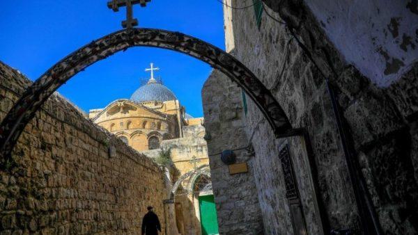 Đức Thượng phụ Giêrusalem gặp gỡ các quan chức cấp cao của Jordan
