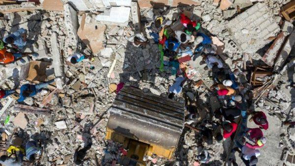 Một nửa các nhà thờ của giáo phận Anse-à-Veau-Miragoâne bị phá huỷ vì động đất