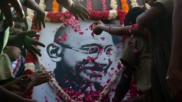 Cầu nguyện cho Ấn Độ nhân ngày sinh nhật của Gandhi