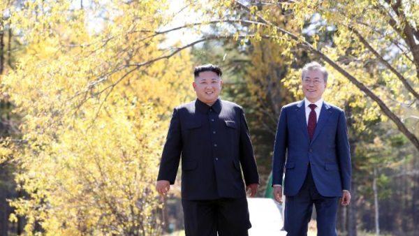 """Virus corona: """"Tia sáng`` tình liên đới cho hai miền Triều Tiên"""