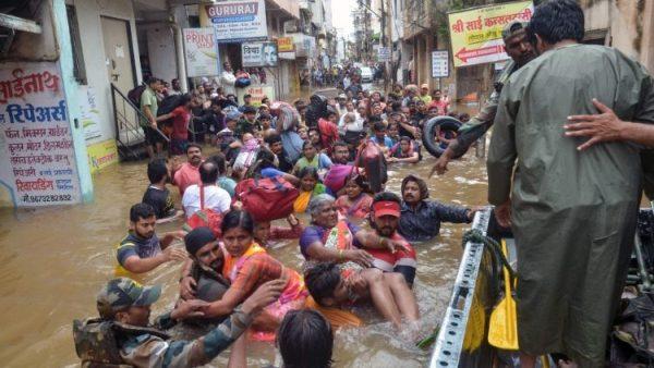 ĐGH Phanxicô chia buồn với Ấn Độ vì thảm hoạ lũ lụt