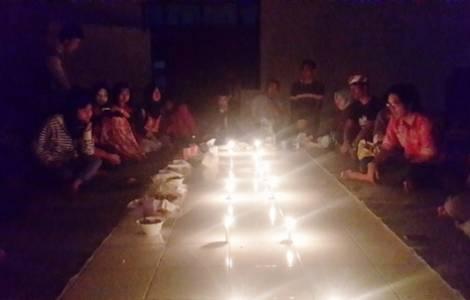 Gặp gỡ của người trẻ thuộc nhiều tôn giáo ở Indonesia