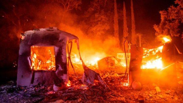 Các giáo phận California cầu nguyện và hỗ trợ người dân tại các khu vực cháy rừng