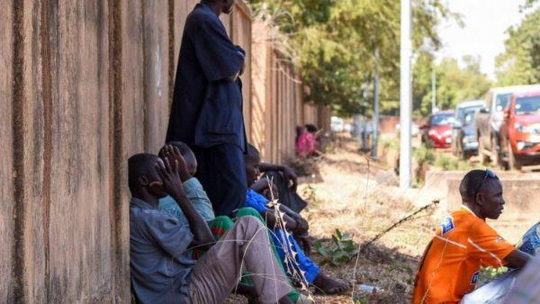 Giáo hội lo ngại về các cuộc tấn công liên tục của các lực lượng cực đoan ở Burkina Faso làm cho các Kitô hữu phải chạy trốn