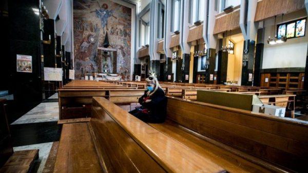 Các Giáo hội chuẩn bị cho việc cử hành lại Thánh lễ có giáo dân