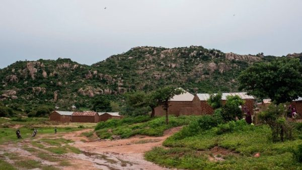 Các tay súng bắt cóc một linh mục Công giáo - cha Arinze Madu