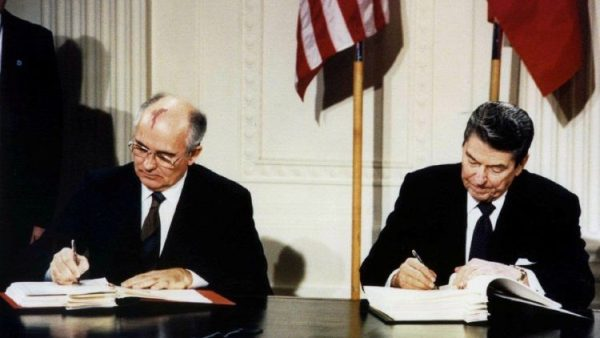 Lãnh đạo Liên Xô cũ bày tỏ lo ngại về thảm họa hạt nhân toàn cầu