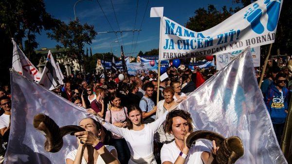 50 ngàn người tham gia Cuộc tuần hành vì Sự sống ở Slovakia