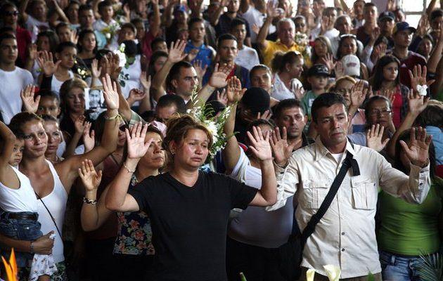 Hội đồng Giám mục Venezuela kêu gọi không sử dụng bạo lực