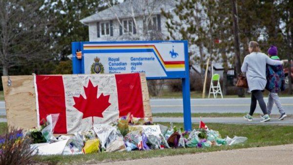 TGM của Nova Scotia chia buồn về vụ nổ súng giết nhiều người nhất tại Canada