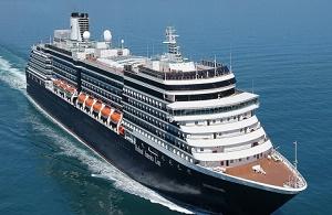 Linh mục trên tàu du lịch nâng đỡ tinh thần hành khách trong nỗi lo sợ virus corona