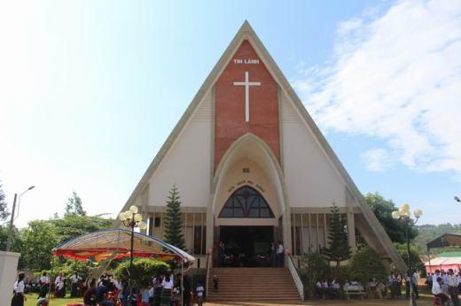Đắk Nông: Lễ cảm tạ Chúa 50 năm thành lập HTTL Bu Đắk