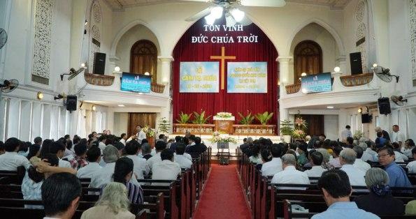 Một triệu quyển Kinh Thánh đã được xuất bản tại Việt Nam trong 25 năm qua (1994-2019)