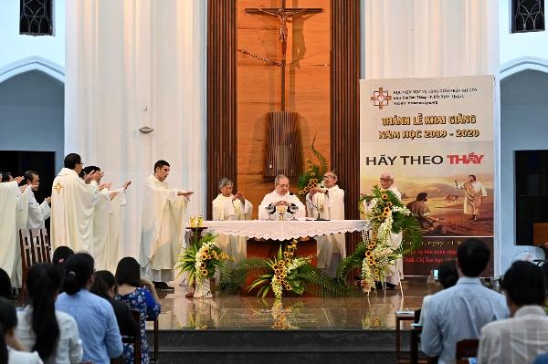 Học viện Mục vụ TGP Sài Gòn: Thánh lễ khai giảng niên khóa 2019-2020