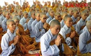 Hơn 800 Tăng Ni an cư cấm túc tại Học viện Phật giáo