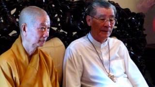Thành hội Phật giáo chúc mừng Giáng sinh 2012