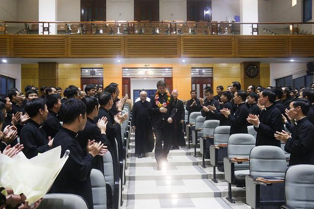 Đức TGM Marek Zalewski thăm Đại Chủng viện Thánh Giuse Hà Nội