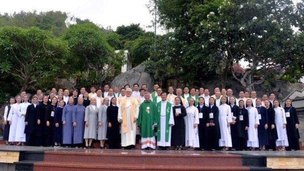 Khoá bồi dưỡng về thần học và truyền giáo tại Vũng Tàu