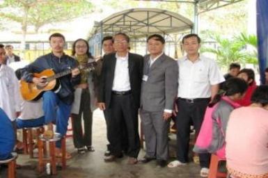 Đoàn HTTL Quế Xuân thăm Trung Tâm Điều dưỡng Người Tâm thần Quảng Nam