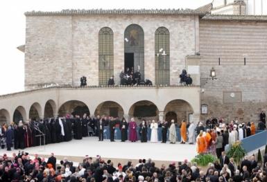 Họp báo giới thiệu ngày suy tư cầu nguyện tại Assisi