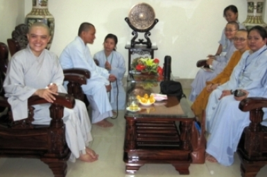 Tuổi trẻ đồng hành cùng Phật giáo: Phỏng vấn Sư Cô Thích Nữ Hương Nhũ