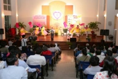 Nghệ sĩ Công giáo họp mặt tất niên và mừng tân niên