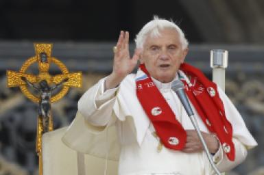 Thư cám ơn của ĐGH Bênêđictô XVI gửi Đức hồng y Gianfranco Ravasi