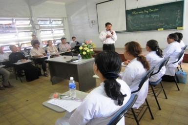 Bế giảng Khóa Thực hành Đối thoại liên tôn 2011: Gặp gỡ tín đồ Cao Đài và Baha'i