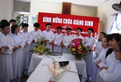Mừng lễ Chúa Giáng sinh tại Thánh thất Trung Minh